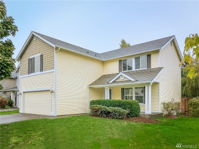 Maple Valley Single Family Home For Sale: 23714 SE 243rd St