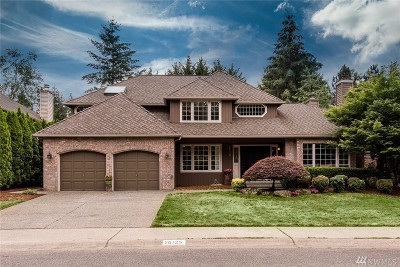 Issaquah Single Family Home For Sale: 26135 SE 39th Wy