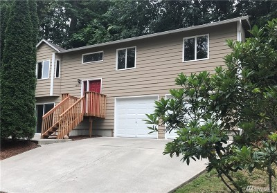Maple Valley Single Family Home For Sale: 26417 222nd Place SE