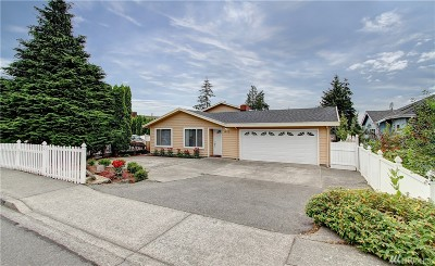Renton Multi Family Home For Sale: 1615 Edmonds Ave NE