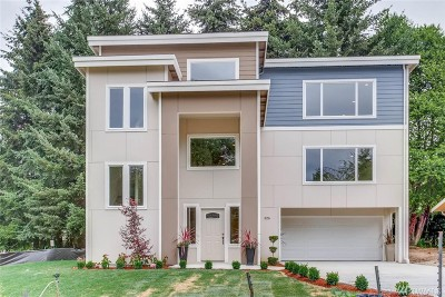 Kirkland Single Family Home For Sale: 826 2nd Ave