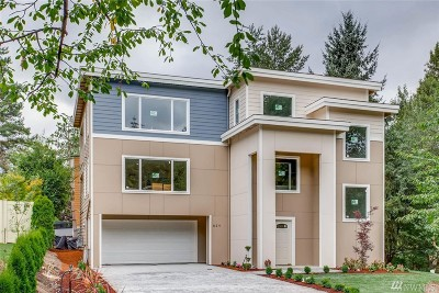 Kirkland Single Family Home For Sale: 824 2nd Ave