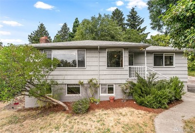 Seattle Single Family Home For Sale: 3518 SW Elmgrove