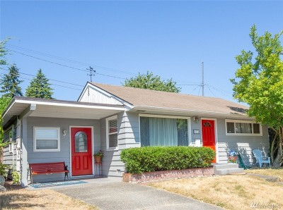 Seattle Single Family Home For Sale: 9351 32nd Ave SW