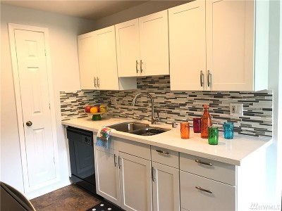 Kirkland Condo/Townhouse For Sale: 14334 126th Ave NE #B-302