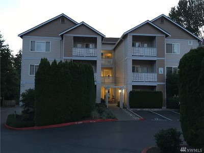 Bothell Condo/Townhouse For Sale: 23908 Bothell Everett Hwy #A305