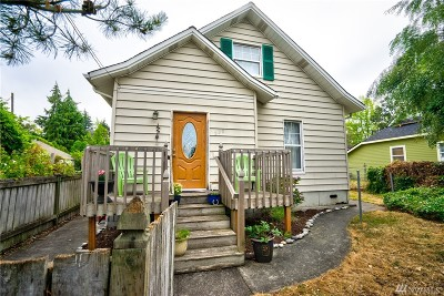 Mount Vernon Single Family Home For Sale: 220 N 7th St