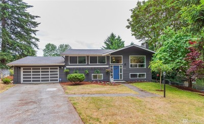 Kenmore Single Family Home For Sale: 20330 79th Ave NE