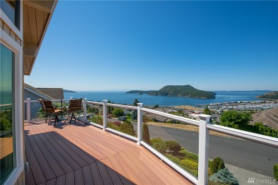 Anacortes Single Family Home For Sale: 2405 Highland Dr