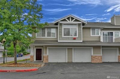 Issaquah Condo/Townhouse For Sale: 23795 SE Summerhill Lane