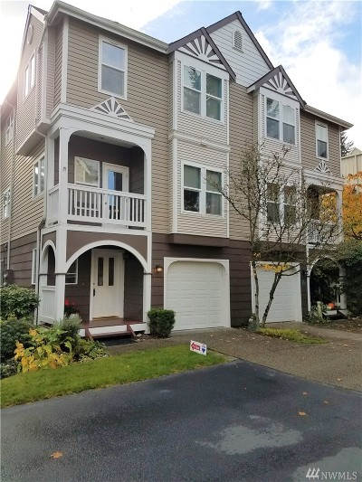 Issaquah Condo/Townhouse For Sale: 755 NW Juniper St