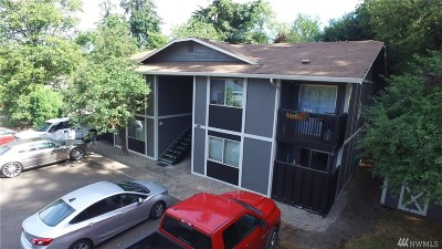 Puyallup Multi Family Home For Sale: 10712 64th Ave E