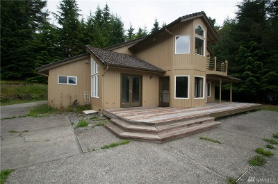 North Bend Single Family Home For Sale: 44631 SE 161st Place