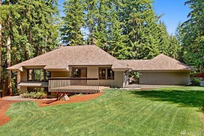 Edmonds Single Family Home For Sale: 8364 Olympic View Dr