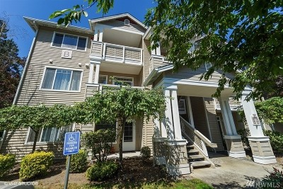 Bothell Condo/Townhouse For Sale: 15300 112th Ave NE #B202