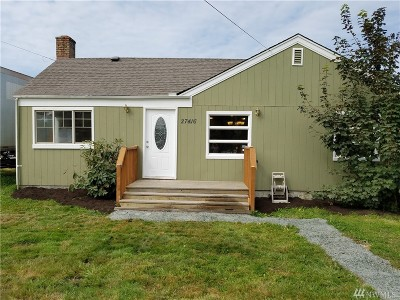 Stanwood Single Family Home For Sale: 27416 102nd Ave NW