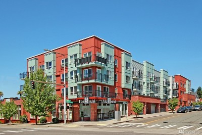 Condo/Townhouse Sold: 424 N 85th St #104