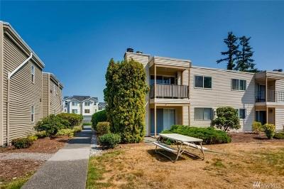 Everett Condo/Townhouse For Sale: 327 128th St SE #L222