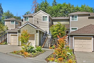 Issaquah Condo/Townhouse For Sale: 5000 NW Village Park Dr #F235