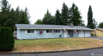 Port Orchard Single Family Home For Sale: 3317 Pine Tree Dr SE