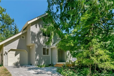 Bellingham Single Family Home For Sale: 7 Twin Flower Cir