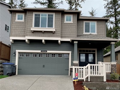 Maple Valley Single Family Home For Sale: 22818 SE 262nd Ct #4