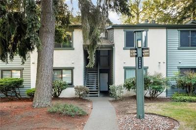 Kirkland Condo/Townhouse For Sale: 12905 126th Ct #L205