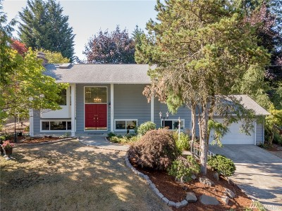 Bellevue Single Family Home For Sale: 12241 SE 62nd St