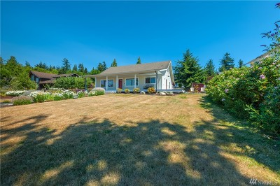 Lummi Island Single Family Home For Sale: 4360 Cedar Place