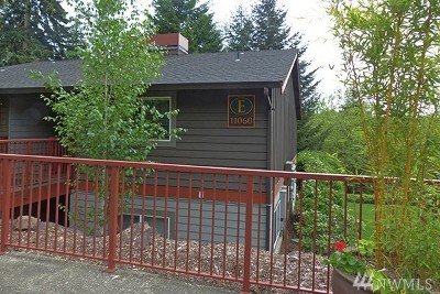 Bellevue Condo/Townhouse For Sale: 11060 NE 33rd Place #E4