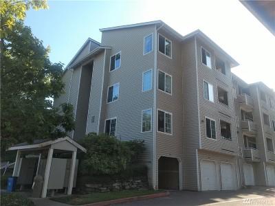 Renton Condo/Townhouse For Sale: 801 Rainier Ave N #D318