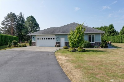 Bellingham Single Family Home For Sale: 1215 W Smith Rd