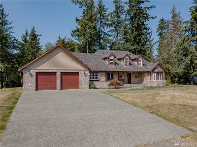 Enumclaw Single Family Home For Sale: 24608 SE 387th St