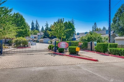 Everett Condo/Townhouse For Sale: 11527 Highway 99 #C301