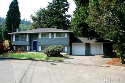 Kirkland Single Family Home For Sale: 9400 NE 121st Place