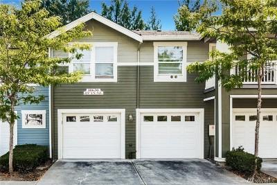 Redmond Condo/Townhouse For Sale: 10630 221st Lane NE #201