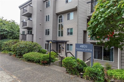 Condo/Townhouse Sold: 4831 Fauntleroy Way SW #403