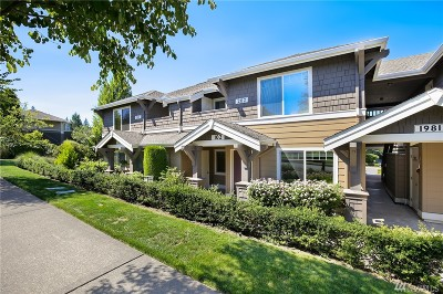 Issaquah Condo/Townhouse For Sale: 1981 24th Ave NE #102