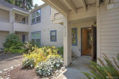 Issaquah Condo/Townhouse For Sale: 4126 220th Place SE #1078