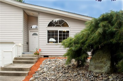 Tacoma Single Family Home For Sale: 875 S 85th St