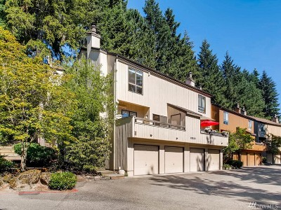 Bellevue Condo/Townhouse For Sale: 10812 NE 35th Place #1