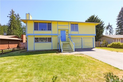 Port Orchard Single Family Home For Sale: 2960 SE Villa Carmel Drive