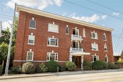 Seattle Condo/Townhouse For Sale: 4725 15th Ave NE #19