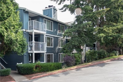 Seattle Condo/Townhouse For Sale: 300 N 130th St #2201