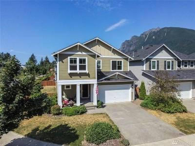North Bend WA Single Family Home For Sale: $679,900