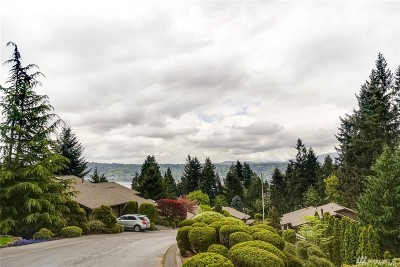 Single Family Home For Sale: 7 168th Ave NE