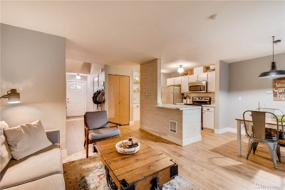 Lynnwood Condo/Townhouse For Sale: 5010 168th St SW #C