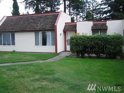 Renton Condo/Townhouse For Sale: 14600 176th St #G1