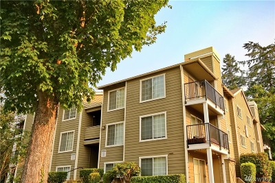 Federal Way Condo/Townhouse For Sale: 28716 18th Ave S #Y-302