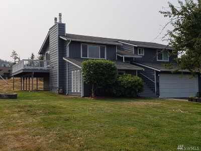 Anacortes Single Family Home For Sale: 3601 W 3rd St
